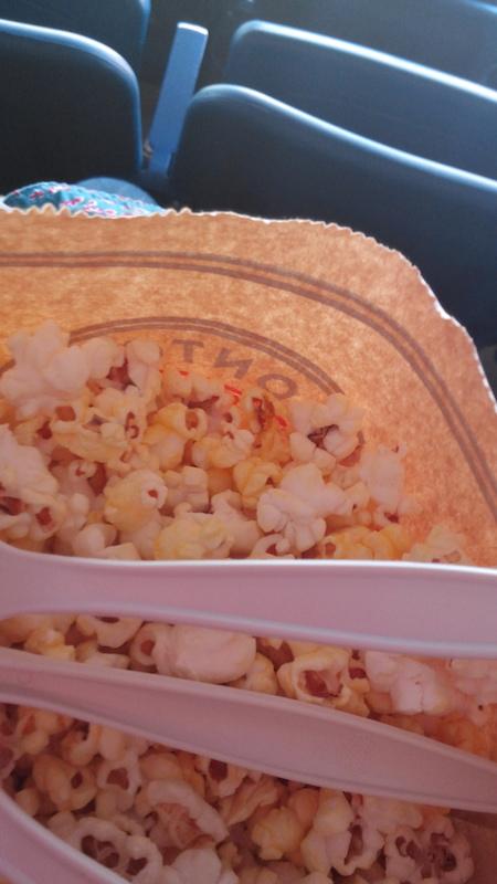 01_food_popcorn.jpg